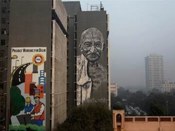 Delhi: Huge mural of Mahatma Gandhi unveiled on Police Headquarters wall