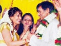 Shashi Tharoor and his wife Sunanda issue statement after Twitter controversy