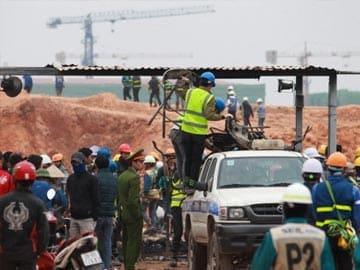 Vietnam police investigate riot at Samsung factory