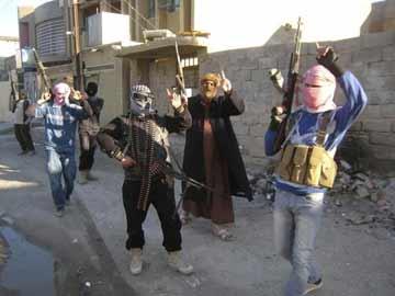 Sunni Islamists overrun Iraqi town after seizing city