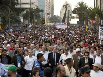 Tens of thousands in Mexico protest energy reform