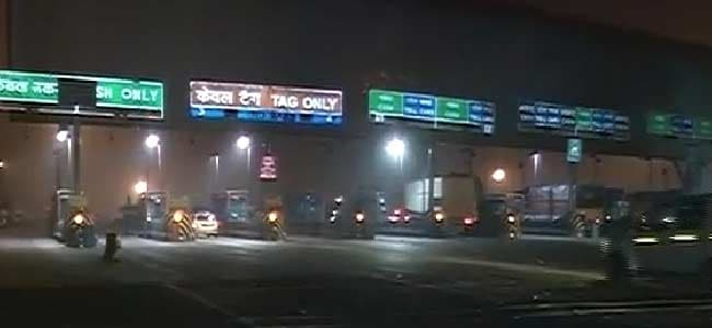A happy ending for the hated Gurgaon toll plaza. It takes Rs 21 and a post-it