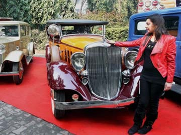 Vintage motor beauties take a ride on Delhi's streets