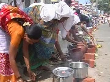 Attukal Pongala: Kerala's capital celebrates the 'largest congregation of women'