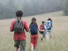 Wear backpack, walk and charge mobile phone!