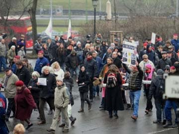 Hungary Jews call boycott of Holocaust memorial year