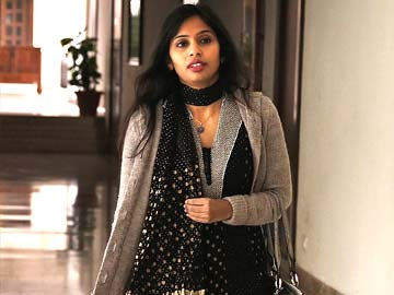 Devyani Khobragade's claim of immunity challenged by US prosecutors