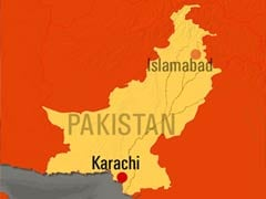 Eight drown in sewage in Pakistan road accident