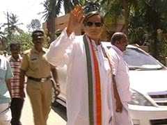 Shashi Tharoor on Kerala tour, opposition attacks him on wife's death