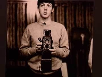 A very short (but longer than 140 characters) history of the selfie