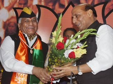 Former Army Chief General VK Singh joins BJP