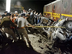Agra: Train rams into car at unmanned crossing; one killed