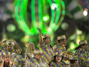 Brazil's Carnival turns focus to glitzy parades
