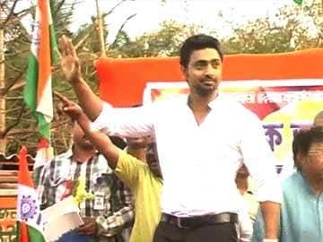 Mamata Banerjee's star candidate, Dev in trouble over 'rape' remark