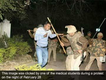 Doctors vs Samajwadi Party's alleged 'goonda raj': mass resignations in Agra