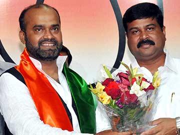 BJP cancels membership of yet another new recruit Sabir Ali