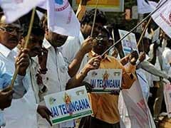 President signs Telangana Bill, gives assent to President's Rule in Andhra Pradesh