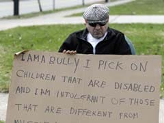 Ohio judge orders man to hold 'I AM A BULLY' sign
