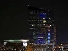 When a 29-storey US skyscraper turned into a giant Tetris screen