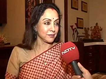 Stop ad featuring Hema Malini, Congress urges Election Commission