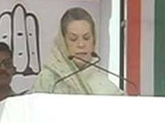 At rally in Bihar, Sonia Gandhi responds to Narendra Modi, Nitish Kumar's allegations