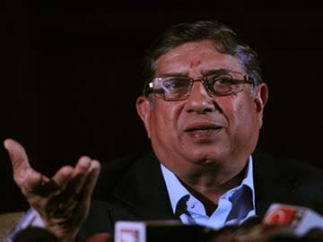 N Srinivasan named in spot-fixing report, can't continue in BCCI: Supreme Court