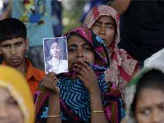 Retailers 'failing victims' a year after Bangladesh disaster