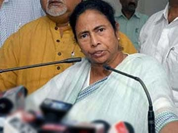Mamata government buckles, follows Election Commission order on transfer