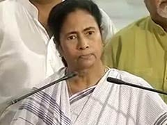 A person who causes riots can never become PM: Mamata Banerjee