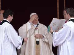 Pope Francis declares new saints John Paul II, John XXIII
