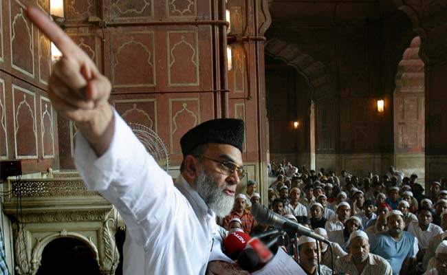 After controversial Sonia meeting, Congress scores Shahi Imam's support
