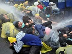 Taiwan uses water cannon to disperse anti-nuclear protesters