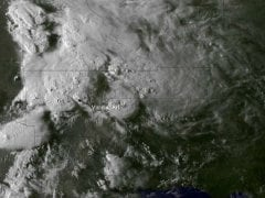 Search for victims after US tornadoes kill 17
