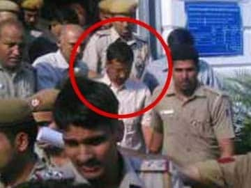 Kejriwal Taken to Tihar Jail in Defamation Case, Supporters Protest