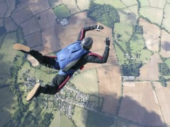 Peru Man Survives 5000 Feet Fall With Tangled Parachute