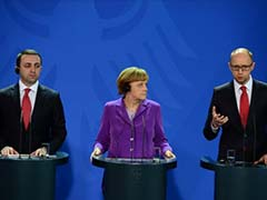Angela Merkel Says Juncker Should Head European Commission