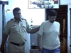 Mumbai: Man Allegedly Molests Woman in Pub, Then Opens Fire