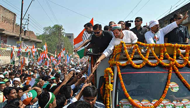 Mr Modi, Give Women Respect: Rahul Gandhi in Varanasi After 'Payback' Roadshow