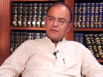Defence Minister Arun Jaitley to Visit J&K Today to Review Security Situation