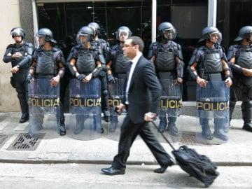 Brazil Averts Subway Strike on Eve of Football World Cup