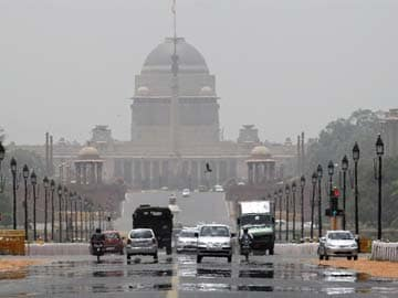 Delhi Heatwave Prompts Emergency Measures to Conserve Power