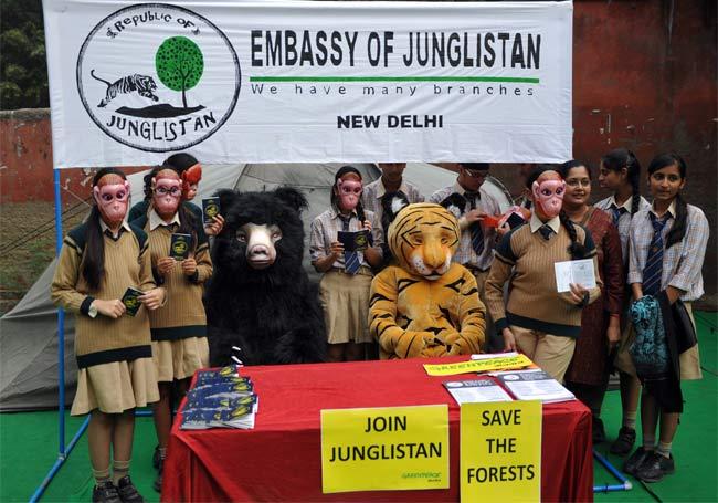 Greenpeace Targeted by Intelligence Bureau Again: 10 Developments