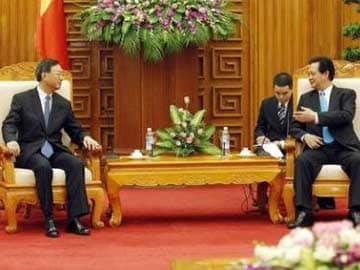 China Scolds Vietnam for 'Hyping' South China Sea Oil Rig Row