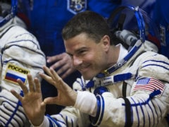 Rookie Astronaut Takes to Twitter to Share Life in Space