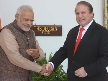 Sari and Shawl Diplomacy in Line with India's Policy: Foreign Ministry on PM's Letter to Sharif