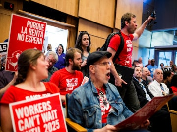 US' Seattle City Council Passes $15 Minimum Wage, Highest in the Country
