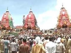 Lakhs Witness Ceremonial Bath of Deities in Jagannath Temple in Odisha