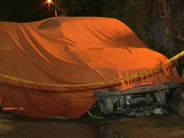 Delhi: Two Brothers Killed as Car Catches Fire