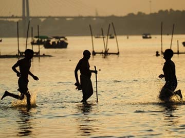 Sadhus, MPs and MLAs to be Part of Ganga Cleaning Mission, Says Uma Bharti