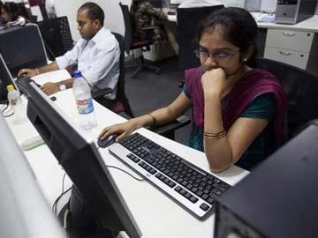 Sale of Delhi University Offline Admission Forms Dips